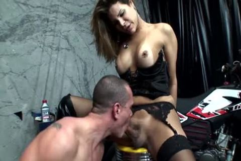Euro tranny Enjoys Hard blowjob
